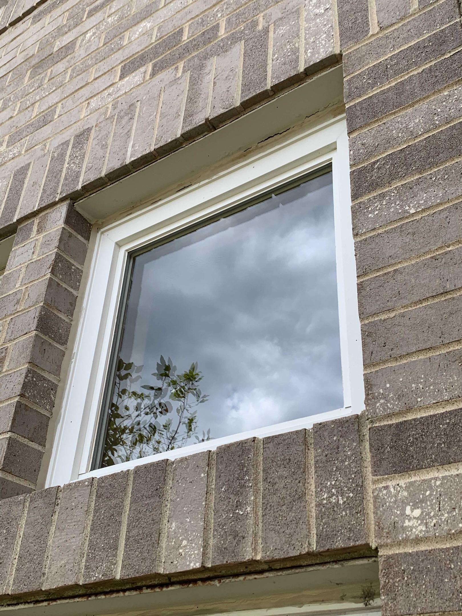 Glass replacement in vinyl window