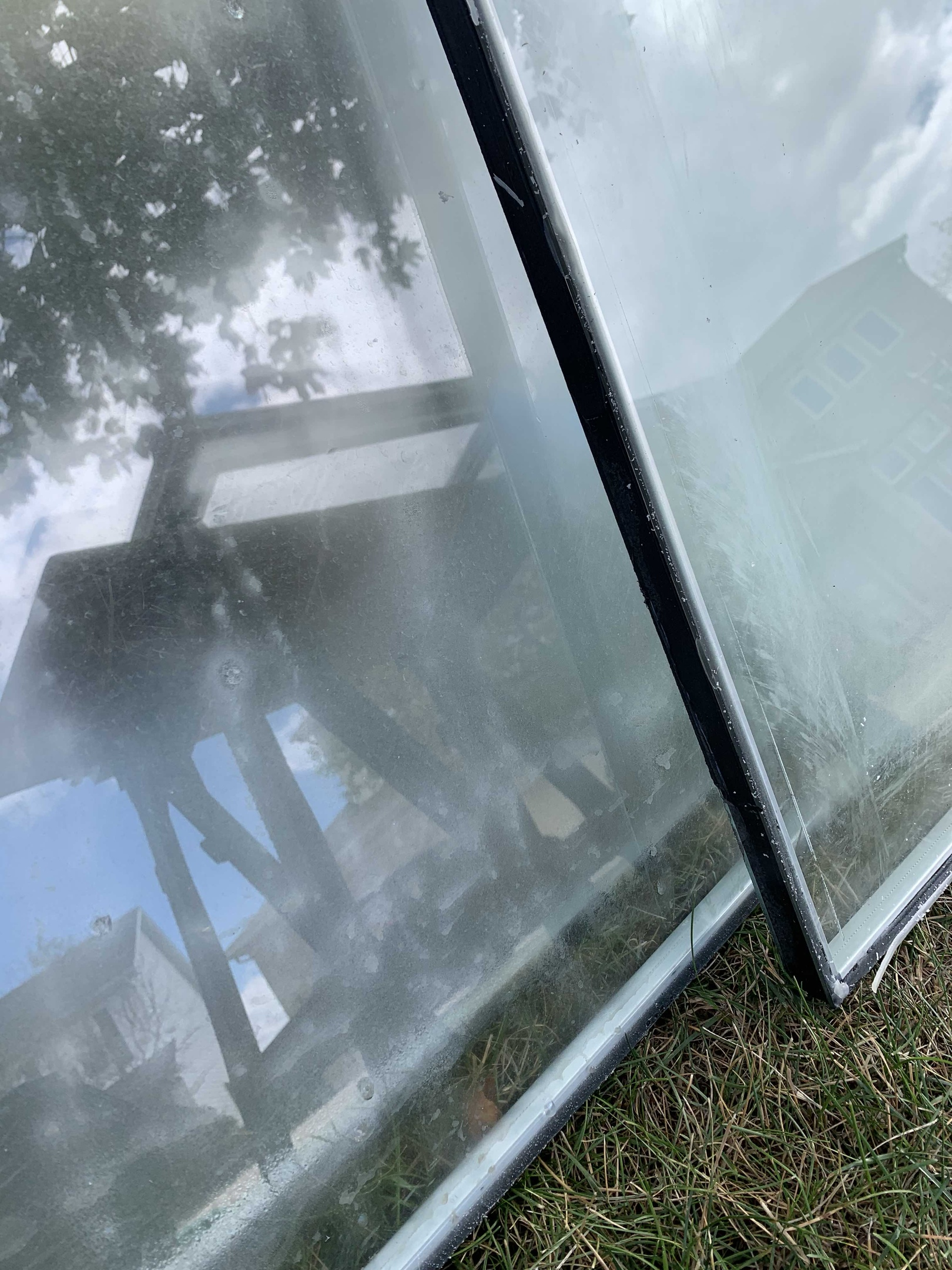 Foggy glass unit replacement